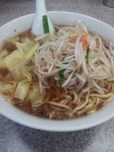 渋谷喜楽もやしワンタン麺
